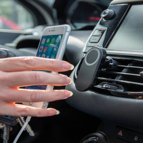 Sicherheits-Smartphonehalter für das Auto
