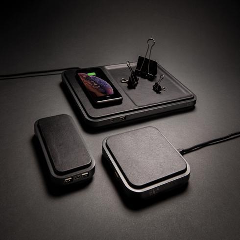 Swiss Peak 5W Wireless Charger Ablage
